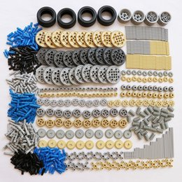 $enCountryForm.capitalKeyWord Australia - Zxz 650pcs set Building Blocks Bricks Bulk Technic Parts Gears Rack Axle Conectors Truck Car Tires Moc Technic Accessory MX190730