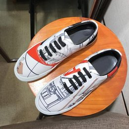Quality Lace Luxury Australia - 2019 New Fashion Mens Brand Designer Shoes Outdoor For Holiday Vacation Top Quality Genuine Leather Lace Up Sneakers Italy Luxury Shoes
