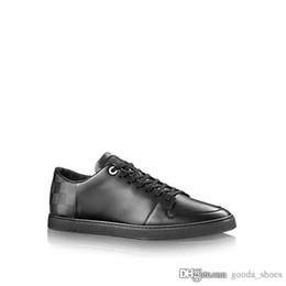 Venta al por mayor de Zapatos casuales de cuero genuino para hombre, zapatillas de deporte de gran tamaño de diseñador Botas bajas de cuero clásicas Pisos para hombres con tamaño de caja 38-45