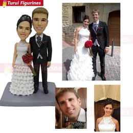 custom bobblehead UK - wedding cake topper groom holding bride custom Couple Bobblehead mini couple statue personalized bobble head toy Turui Figurines