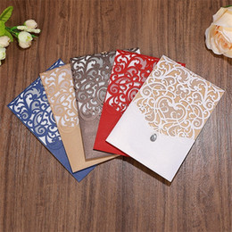 Wedding invitations papers online shopping - Hollow Out Invitations Cards Laser Wedding Invitation Card Vintage White Red High Quality Pearlescent Paper Simple aw D1