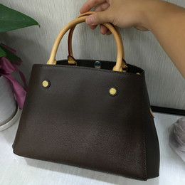 Tote Bags Compartments Canada - classic canvas bag Tote real leather highest quality 2019 women bags designer handbag PM MM Bag Tote