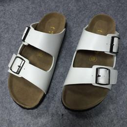 Sabots unisexes pour hommes et femmes en cuir PU sabots d'été diapositives pour plage mari chaussures décontractées lune de miel et épouse correspondant Berks