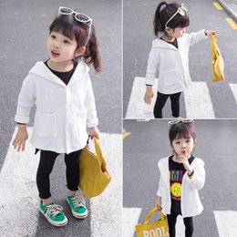 $enCountryForm.capitalKeyWord Australia - Spring Toddler Girls Coat White Baby Outerwear Hooded Baby Jacket For Girls Solid Pocket Fashion Costume For 1 2 3 4 5 Year