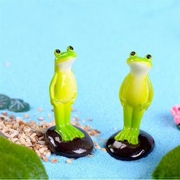 Frogs Shoes Australia - ecoration Crafts Figurines Miniatures Cute Animal Frog Moss Micro World Bonsai Garden Small Ornaments Landscape Fairy Garden Miniatures A...