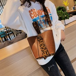 leopard printed hand bags UK - Leopard Print Shoulder bucket Bags For Women 2018 Winter Crossbody Bags Lady Shoulder Hand Bag Handbags Fashion Retro Sexy