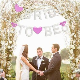 $enCountryForm.capitalKeyWord Australia - Pink Heart Banner Bride To Be Bridal Bunting Flag Night Party Home Decoration Wedding Banner Bridal Photo Props Mayitr