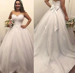 $enCountryForm.capitalKeyWord Australia - Elegant Lace Top A Line Wedding Dresses With Bow Sash Sweetheart Sleeveless Sweep Train Applique Satin 2019 Beach Boho Wedding Bridal Gowns