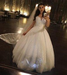 Discount sparkly princess ball gown wedding dresses - Luxury Sparkly Ball Gown Wedding Dress 2019 White Princess Lace Sequins Appliqued Bridal Gown Vintage Plus Size Dresses