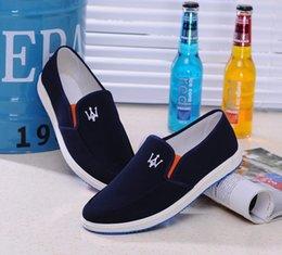 $enCountryForm.capitalKeyWord Australia - 2019 Autumn Shoes Men Designer Breathable Casual Canvas Shoes Slip-On Shoes Men Blue Bottom Footwear Black Blue Gray a067