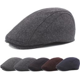 Hombre liso negro cepillado sombrero Ivy Golf conducción verano Sun Flat  Cabbie Newsboy sólido Color Classic 15ff01dd212