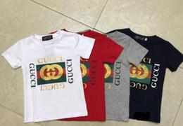 Ingrosso T-shirt estiva per bambini di marca per bambini nuovi modelli di cotone raffinati comfort di fascia alta in cotone intorno ai vestiti per bambini c9