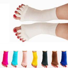 Thumb sporTs online shopping - 10styles Yoga Five Toe Socks sport Massage Socks Health Correcting Thumb Eversion Women Fitness Sock Feet Care Relief Socks FFA1453
