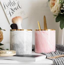 DHL Pen Holder подставка для стола Marble Pattern Pencil Cup для Прочного керамического стола Организатора н.д. Makeup Brush Держателя для офиса 9.8 * 8.7cm на Распродаже