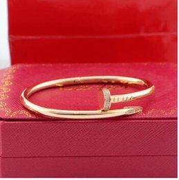 cabeça redonda ShellCartier pulseira prego 18K aço amor moda titânio ouro rosa ama pulseira de homens e mulheres rotogravura com caixa original venda por atacado
