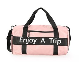$enCountryForm.capitalKeyWord UK - Brand Handbags Letter Enjoy a Trip Big capacity bag Travel Shoulder bags Duffle Striped Beach Bag Unisex Duffel Bags