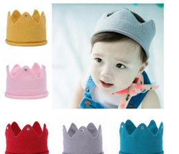 $enCountryForm.capitalKeyWord Australia - Baby Knit Crown Tiara Kids Infant Crochet Headband cap hat birthday party Photography props Beanie Bonnet kids Hair Accessories