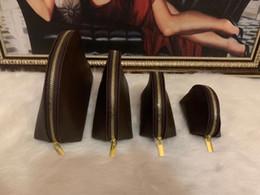 Ücretsiz shippings 4 adet / takım Kadınlar Kozmetik Çantaları Ünlü Makyaj Çantası Seyahat Kılıfı Makyaj Çanta Bayanlar Clluch Çantalar Tuvalet Bao # L888518