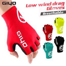 Giyo medio ciclo Guantes -FINGER Gel Deportes guantes de la bicicleta Carrera de la Mujer de la bicicleta del camino de MTB Guantes Guante ciclismo masculino Mediados -term en venta