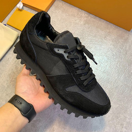 $enCountryForm.capitalKeyWord NZ - High Quality Luxury Mens Shoes Casual Fashion Runnger Sneaker Low Top Sport Autumn and Winter Lightweight Lace-up Shoes with Origin Box