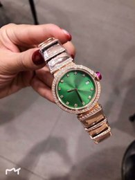 Fashion pearl bracelets online shopping - 33MM Quartz Green Dial Womens Watches L Stainless Steel Case Gold Diamond Bezel and Bracelet Mother Of Pearl Dial