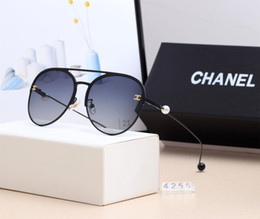 Crystal Box For Case Australia - 2019 New brand Mens Sunglasses For Men Women UV Protection with pearl Sun Glasses Outdoor Sport Retro fashion Sunglasses With box and case