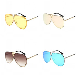 Yellow beach glasses online shopping - One Piece Frameless Sunglasses Men And Women Mirror Summer Sandy Beach Spectacles Uvioresistant Yellow Blue Personality os C1
