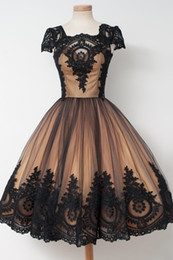 $enCountryForm.capitalKeyWord NZ - 2019 A-line Black Gold Gothic Short Wedding Dresses With Short Sleeves Vintage 1950s 60s Colorful Bridal Gowns With Color Non Traditional