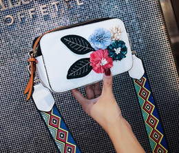 $enCountryForm.capitalKeyWord Australia - Women's handbag Summer 2019 New Korean Edition Girls Sweet Flowers Small Square Pack Wide Shoulder Strap Single Shoulder Slant Pack