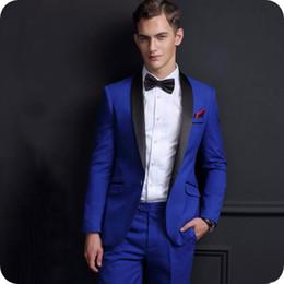 d9725a05ec Cappotto Nero Pantalone Nero Blu Reale Online   Cappotto Nero ...