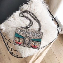 $enCountryForm.capitalKeyWord Australia - New French high-end brand ladies handbag fashion leather bag leather party travel women's fabric embroidery handbag free shipping