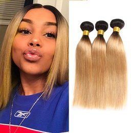 Wholesale Dressmaker Ombre Malaysian Hair Bundles T1B Ombre Blonde Silk Straight Human Hair Bundles Two Tone Ombre Hair Extensions