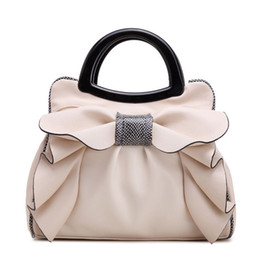 Wholesale 2017 Brand Designer Handbags Top Handle Bags Women s Handbags Bow Flowers Luxury Women Bags Shoulder Bag Ladies Summer Hand Bag