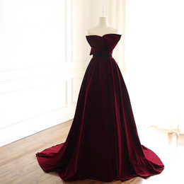 big bow sexy back dress UK - Sexy Amazing Prom Dresses A-Line Strapless Burgundy Pleated Skirt with Big Bow Velvet Prom Dress Lace Up Back Ladies Evening Gowns Custom