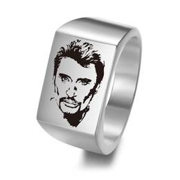 $enCountryForm.capitalKeyWord UK - Personalized French ROCK Star Johnny Hallyday Photo Engraved Stainless Steel Ring for Fans Anniversary Ring Gift for Men SL-101