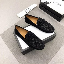 Christmas Gift Shoes Australia - 2019 Crystal Dots Decoration Pointed Toe Men Slip On Loafers Low Heel Formal Party Dress Shoes Christmas Gift Dropshipping