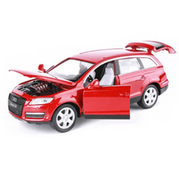 Car Lights Australia - 1:32 Audi Q7 kids toys Diecast Car model SUV metallic material Sound and light pull back Model toy car