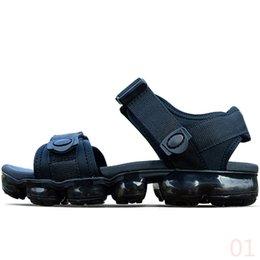 Black Sports Walking Shoes Women Australia - 2019 New Designer Slipper Summer Beach flip flop Black White Casual Sandals Shoes Indoor Non-slip Mens Sports Loafer For Women Walking 3A