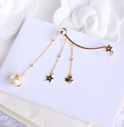 quality d rings Australia - Luxury jewelry ladies earrings D designer top quality light gold pearl bee pentagram tassel ring ear fashion explosion design high quality11