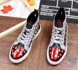 $enCountryForm.capitalKeyWord Australia - Men brand designer rivet American flag shoes Causal Flats Moccasins 2020 Male High Top Rock hip hop mixed color shoes For Man n2