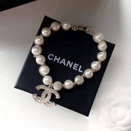 Best shells online shopping - European and American fashionable lady pearl bracelet new letter bracelet the best choice of gifts