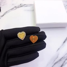 $enCountryForm.capitalKeyWord NZ - 2019 new model copper golden color heart with stone earrings fashion