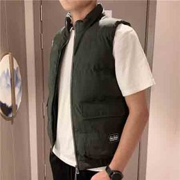 black sleeveless jacket men NZ - 2019 New designer Vests Men Brand Mens Sleeveless Jacket Cotton-Padded Men Vest Autumn Winter Casual Coats Male Waistcoat B102383D