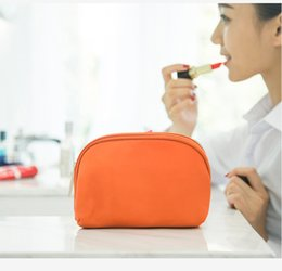 $enCountryForm.capitalKeyWord NZ - 2018 New Real As Picture Cheap Makup Bag Mini Cosmetic Bags Lune Wholesale Travelling Makeup Storage Toiletry Pouch Travel Customs Design