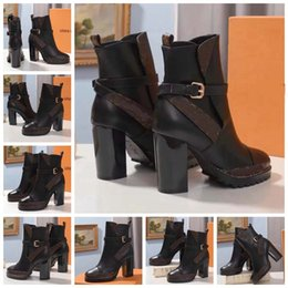 $enCountryForm.capitalKeyWord NZ - Fashion Designer Women Boots Best Quality Star Trail Lace-up Ankle Boots With heavy-duty soles leisure lady boots By bag07 LX2315