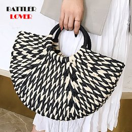 $enCountryForm.capitalKeyWord UK - Handbag Females Big Travel Vacation Totes Bamboo Handbag For Ladies Handmade Woven Straw Beach Bag Summer Women's Purse bolsa
