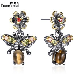$enCountryForm.capitalKeyWord Australia - Dreamcarnival 1989 New Arrivals Vintage Honey Bees Look Earrings For Women Hot Insect Fashion Must Have Christmas Gift We3798 J190628