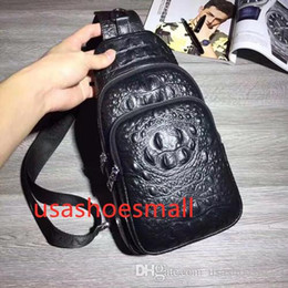 $enCountryForm.capitalKeyWord Australia - (P R A D A) new crocodile backpack student bag fashion trend bag outside the door travel bag leather handbag