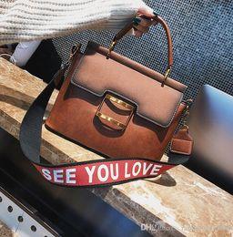 $enCountryForm.capitalKeyWord Australia - Factory wholesale brand handbag handbag new retro large matte leather handbag bulk winter commuter retro metal buckle laptop bag