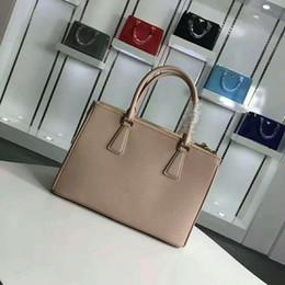 $enCountryForm.capitalKeyWord NZ - 2019 classic design fashion lady plain genuine leather handbag OL woman Saffiano totes shoulder crossbody messenger bag size 33cm 30cm